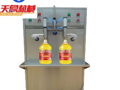 口服液灌装机 粘稠性液体灌装机 济南桶装肥灌装机